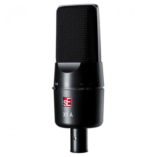 X1 A studio condensatormicrofoon