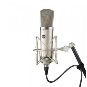 Warm Audio WA-67
